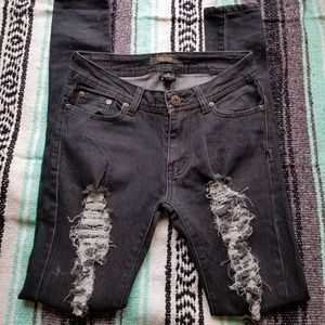 RED FOX distressed skinny jeans, size 5